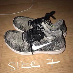 Fairly worn Nike's size 7